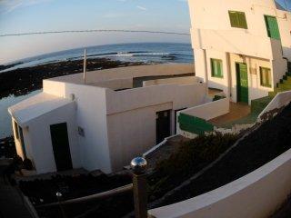 Caleta de Caballo, Bahia vista.