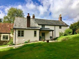 47152 Cottage in Dulverton