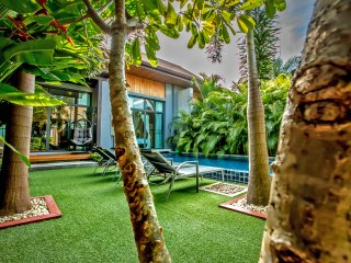 Luxury and Peaceful Two-Bedroom Private Pool Villa • Rawai, Phuket