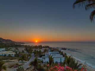 Hacienda Colores- Beautiful 5 bedroom villa with incredible ocean view.