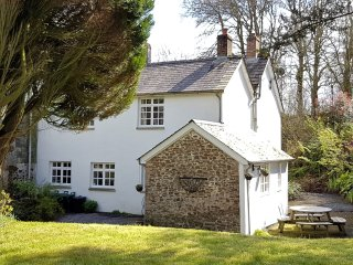 BBART Cottage in Whitstone/Bud