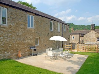 PK835 Cottage in Eyam