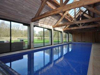 49690 House in Bath