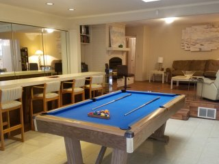 Central Charlotte 4BR With 13' Bar & Arcade