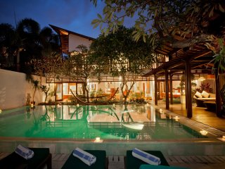 6 Bedroom Villa 200meters from Beach, Sanur;