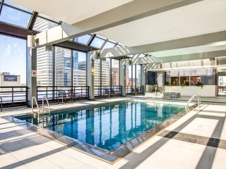 Luxurious Apartment 0.8 miles from US Bank Stadium - Super Bowl Ready