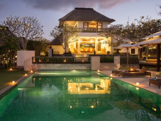 A Beautifull 3 Bedroom Villa, Overlooking Pandawa Beach, Near Uluwatu;