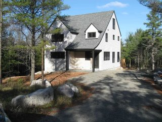 Celandine -- Secluded, modern, comfortable & close to Acadia National Park