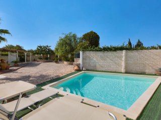 977 Holiday Home with Pool