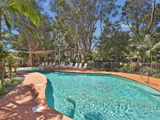 Flynns Beach Resort 128, 68 Pacific Drive,