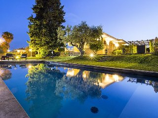 La Musa holiday vacation large villa rental italy, sicily, syracuse, air conditi