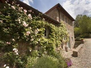 Il Bracconiere, Chianti charming luxury escape - Wifi, pool, private parking