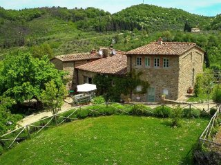 La Volpe sleeps 4 + 1 ( on request )