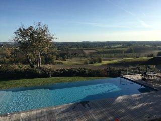 Gite de luxe avec piscine et vue exceptionnelle
