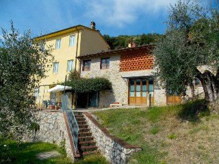4 bedroom Villa in Villa Lenzi, Tuscany, Italy : ref 5055119