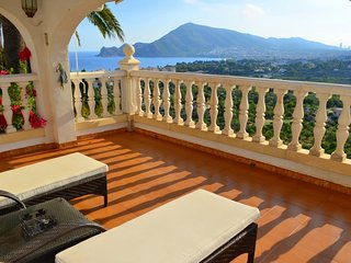 Villa ' Renaissance' con hermosa vista