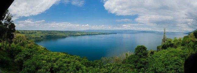 vue unique sur le lac Taal, le volcan et Tagaytay ...