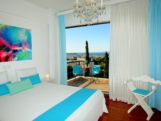 Voula Stunning 360° Sea View Luxury  Apartment near beach