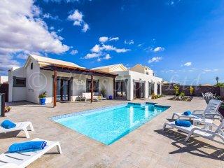 Villa Qura (LH176)