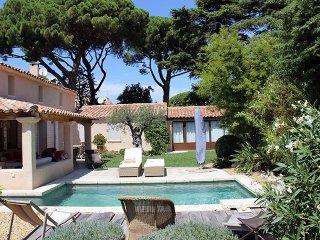 très belle villa contemporaine en plein coeur de ville
