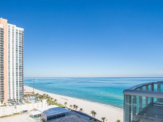 Marenas Resort 1BD Ocean View in Sunny Isles