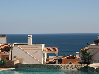 Three-bedroom villa, close to the pool, at 'The View' in Salema, Algarve