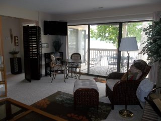 Off season special on great one bedroom condo at Bay Point!