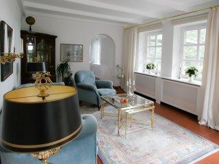 Landhaussuite am Schloss - Ihre Ferienwohnung mit Rheinblick aus jedem Raum