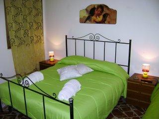 2^ camera da letto matrimoniale più letto singolo