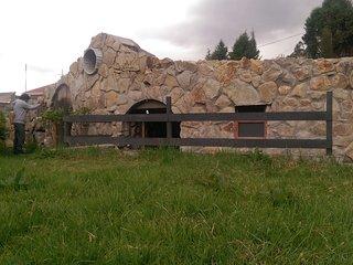 Hermosa casa cueva amoblada en las afueras de Cuenca
