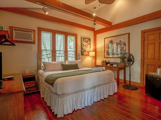 Spacious suite w/ semi-private porch, a shared pool, & lots of charm!