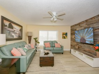 Kiawah Bay 4870 #103 - Beautifully Renovated 2 Bedroom Condo