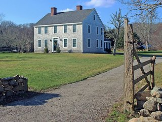 Chilmark Farmhouse with access to Hancock Beach