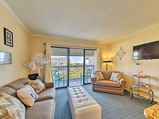 NEW! Galveston 1BR Oceanfront Condo w/Pool Access!