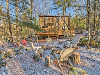 NEW! 3BR Masthope Mtn Poconos Home - Beach Access