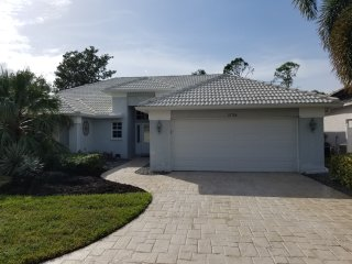 Gorgeous Bonita Springs Home in Gated Golf/Tennis Community - Hunters Ridge