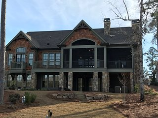 New Lake Oconee Home in Reynolds! Traditional Lakehouse Style! Masters Week