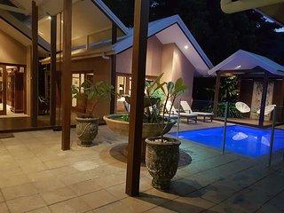 Mandalay Palm Cove Luxury Beach Retreat