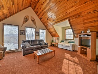 NEW! Ski-In/Ski-Out 4BR Ghent Cabin w/ Mtn Views!