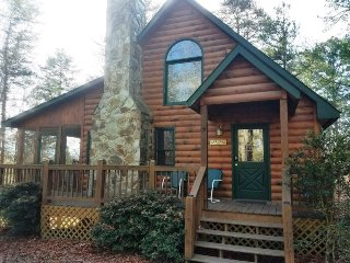 SERENDIPITY- 2BR/1BA- CABIN SLEEPS 4, JACUZZI, WIFI, HOT TUB, WOOD BURNING