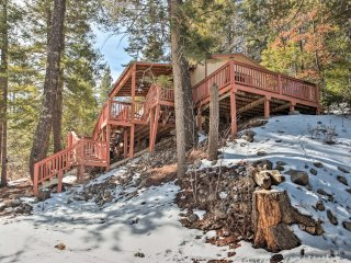 NEW! 2BR Cloudcroft Cabin Near Skiing & Fishing!