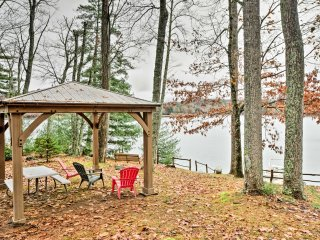 NEW! 4BR Smoky Mountains Home on Lake Glenville!