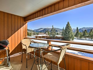 Cozy Condo on Shadow Mountain Lake w/Mountain View