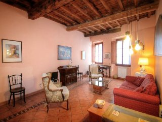 2 bedroom Apartment in Florence, Tuscany, Italy : ref 5477410
