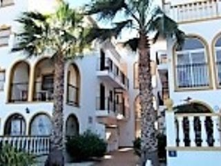 LA ZENIA 2 BED APARTMENT OVERLOOKING POOL (O1), vacation rental in La Zenia