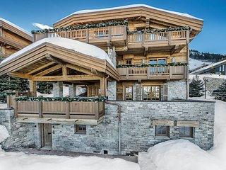 Luxury Ski Chalet Les Bastidons