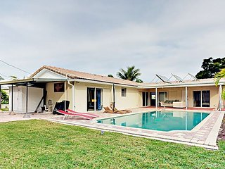 Boynton Beach 3BR w/ Covered Patio & Private Pool - 2 Miles to Beach