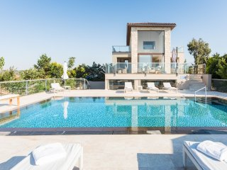Divine 4 bedroom Sea View Villa
