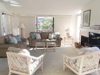 Tranquil Living In A Fabulous Location. Oceanfront Complex. 2 BR 2.5 BA