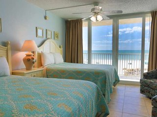 Beachfront Accommodations Directly Overlooking the Sand on Wonderful Treasure Is